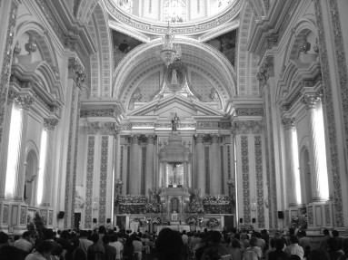 Interior of the Sanctuary of the Crucified Christ of Chalma, 2006.